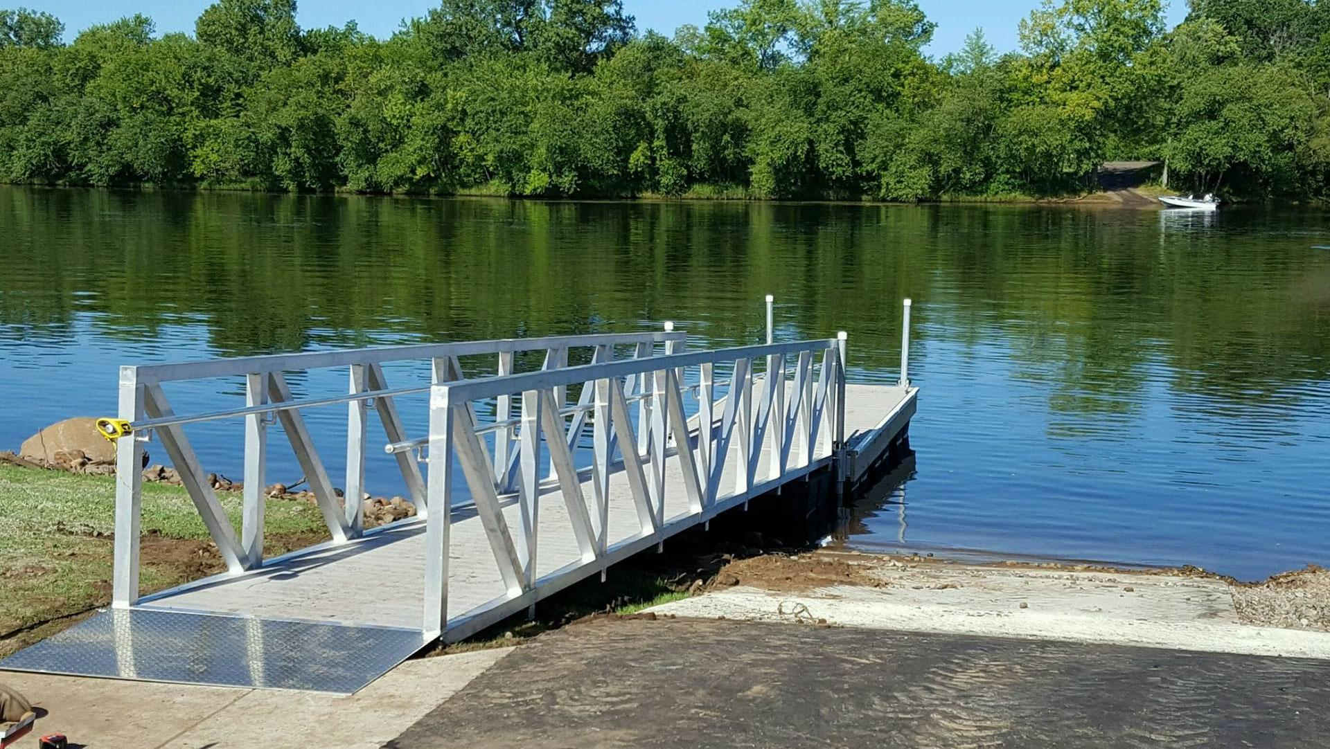 STATE OF THE ART Floating Docks