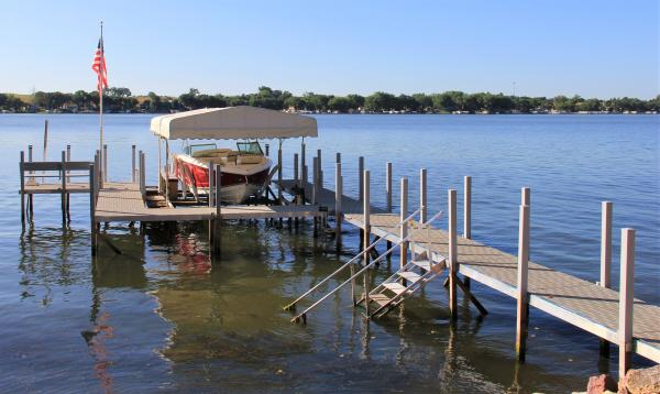 4x4 wooden post sectional docks with post covers
